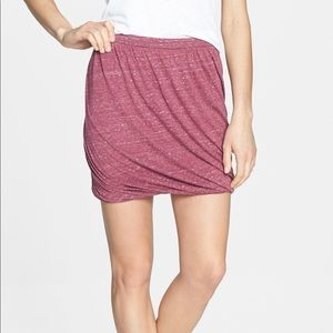 ❣️Free People❣️〰️Cranberry〰️ twisted bubble skirt